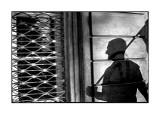 """Wystawa """"Poza kadrem - ujęcie decentrystyczne"""" w Galerii Fotografii w Ostrowcu"""
