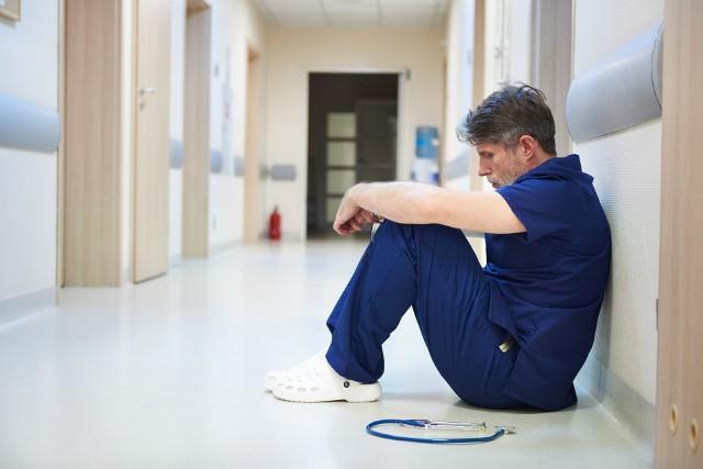 Koronawirus. Sanatoria żądają od seniorów dodatkowych opłat?