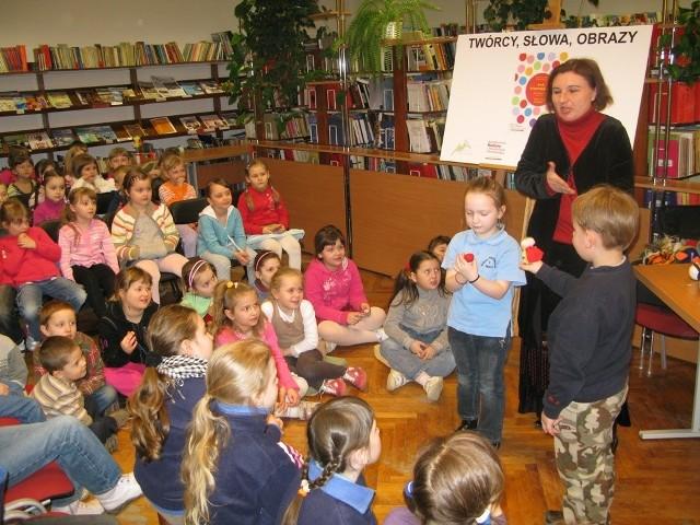Spotkanie autorskie z Ewą Stadtmüller w MBP w Jaśle