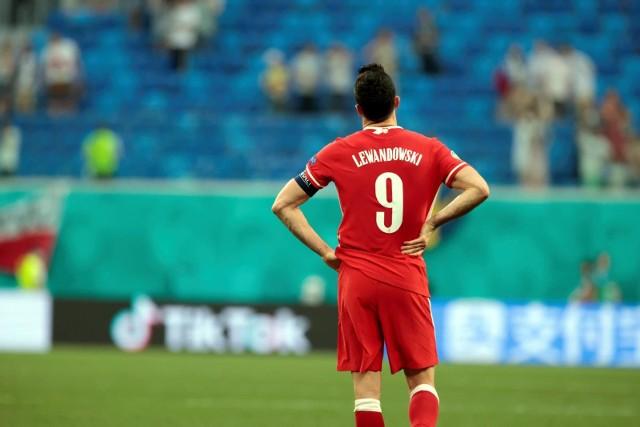 - Nie wygraliśmy żadnego meczu, ale wyglądało to inaczej niż w perspektywie ostatnich lat. Nasza myśl zdecydowanie się zmieniła, ale teraz musimy już mówić o przyszłości - mówił Robert Lewandowski po meczu ze Szwecją.