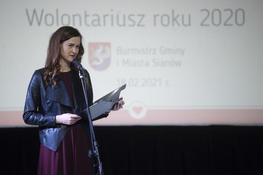 Wolontariusze Roku 2020 w Sianowie. Symboliczna nagroda to...