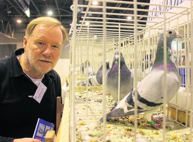 Zdzisław Karoń wciąż hoduje gołębie. W ubiegłą niedzielę brał udział w Międzynarodowych Targach Gołębi Pocztowych w Silesia Expo w Sosnowcu.