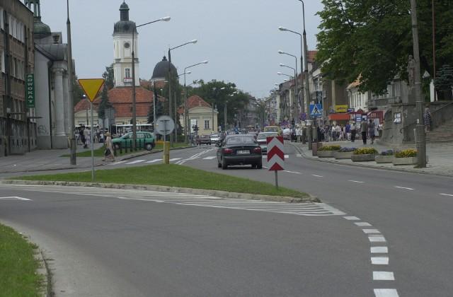 Centrum Białegostoku przed 2009 rokiem prezentowało się zupełnie inaczej niż obecnie. Nie było tak reprezentatywne, ale było więcej zieleni