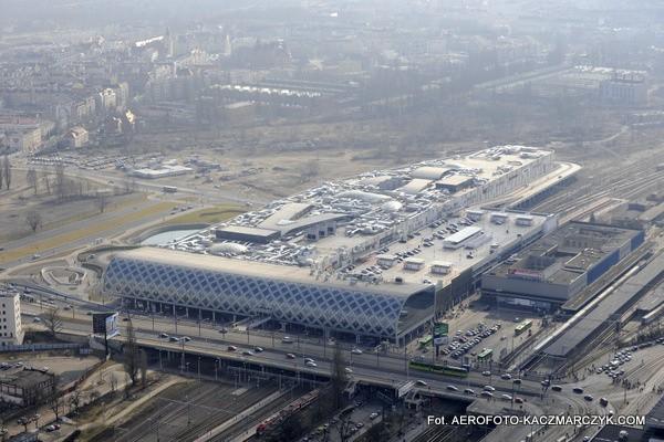 Ogrom Poznań City Center naprawdę widać dopiero z lotu ptaka