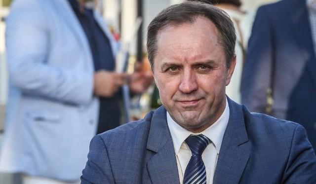 Marszałek zgłasza do CBA wątpliwy 1 mln zł na sprzątanie po nawałnicy