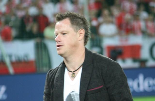 - Marzyłem o kilku minutach w reprezentacji Polski, a skończyło się na 96 spotkaniach. Ja, chłopak ze wsi zagrałem w mundialu, Euro, w Lidze Mistrzów, Bundeslidze, z wielkimi piłkarzami, w wielkich meczach – mówi Jacek Krzynówek.