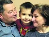 Dzień Dziadka 2019: Kochają, rozpieszczają i dbają o wnuki