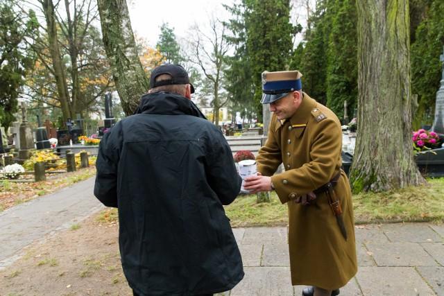 Kwesta w dniu Wszystkich Świętych w 2017 i 2019 roku na cmentarzu  farnym w Białymstoku