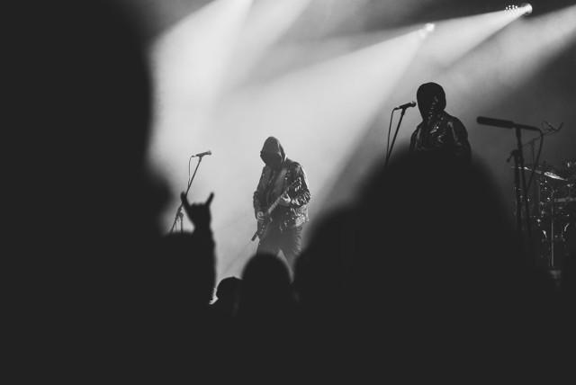 Po raz 12 i po rocznej przerwie do Aleksandrowa Łódzkiego wrócił festiwal Summer Dying Loud! Tym razem wyjątkowo impreza była jednodniowa. W 2021 roku gwiazdą Summer Dying Loud był zespół Mgła. Na scenie wystąpili także: Azarath, Me And That Man, In Twilight,s Embrace, The Stubs, Varmia, Death Denied, Taraban, Backhand Slap.
