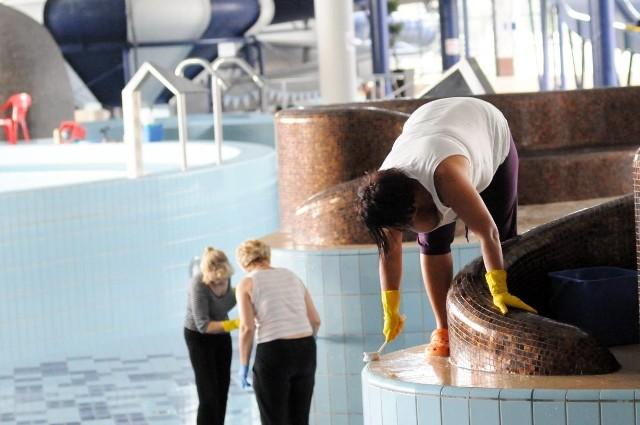 Wielkie czyszczenie zielonogórskiego basenu potrwa do 12 września