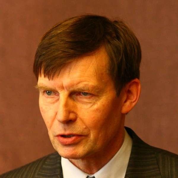 Dawny schron ma pomieścić nie tylko dodatkowe biurko prezydenta Ryszarda Zembaczyńskiego, ale także około 30 jego najbliższych współpracowników.