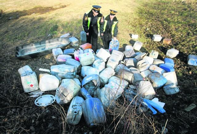 Podrzucający śmieci są coraz sprytniejsi. Ale ekopatrol ma swoje metody, by ich znaleźć i ukarać
