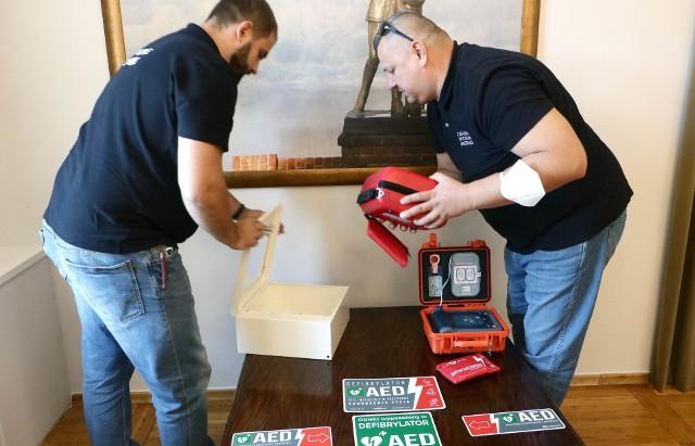 Za sześć defibrylatorów kasa miasta zapłaciła około 31,5 tys. zł