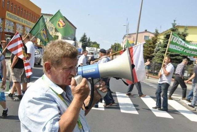 Marek Duszyński podczas protestu rolników w Łasinie