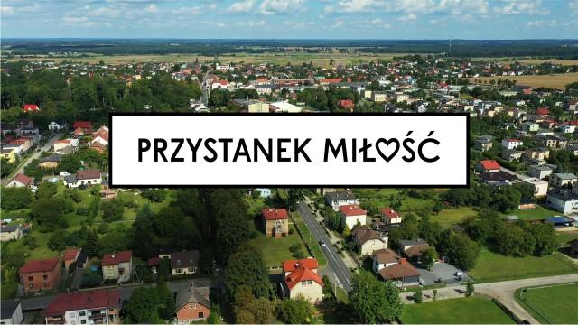 """""""Przystanek miłość"""" ma być polską wersją duńskiego programu """"Small Town, Big Love""""."""