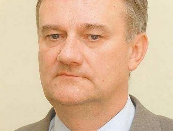 Jak długo Kiełbasiński będzie pełnił obowiązki dyrektora?