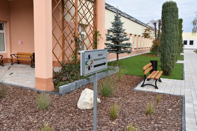 Obecnie na oddziale covidowym w Dąbrowie Tarnowskiej przebywa 27 pacjentów. Są to wyłącznie osoby, które nie zaszczepiły się na COVID-19