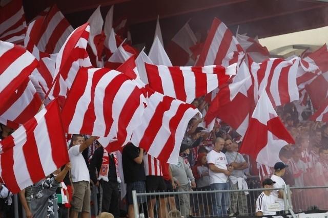 Kibice Resovii nie są pewni, w jakiej lidze zagra w przyszłym sezonie ich drużyna.