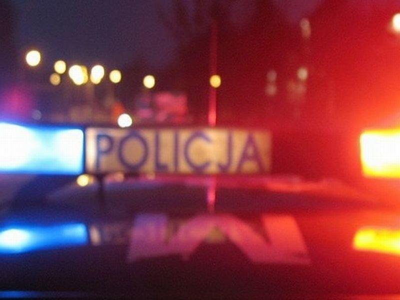 Sąsiad wezwał nocą policję.
