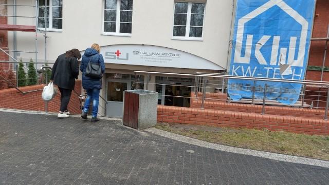 Przy głównym wejściu do Szpitala Uniwersyteckiego w Zielonej Górze znajdują się kamery termowizyjne.