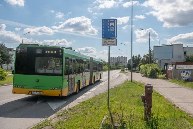 W niedzielę handlową poznańskie autobusy częściej podjeżdżają pod centra handlowe. W grudniu są aż trzy niedziele handlowe - 6, 13 i 20 grudnia.