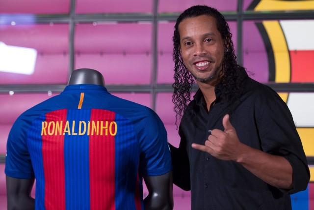 Ronaldinho był piłkarzem Barcelony w latach 2003-2008 i m.in. wygrał z nią w 2006 roku Ligę Mistrzów