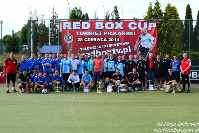 Wspólne zdjęcie najlepszych drużyn sobotniego turnieju
