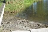 Coraz mniej wody w jedynym kąpielisku w rejonie