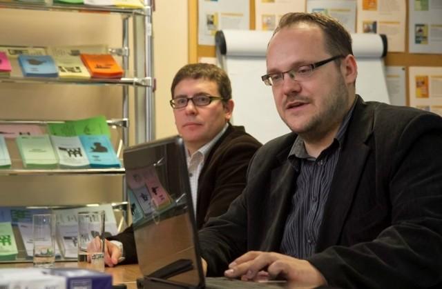 Z badań urząd pracy dowie się, czy reemigranci potrzebują wsparcia - mówią Paweł Timler i Jarosław Sawicki, z Instytutu Badawczego.