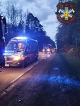 Pod Radomiem, w Siczkach młody motocyklista miał wypadek, został zabrany do szpitala
