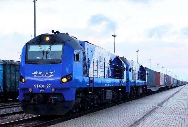 Pociąg przewiózł 45 kontenerów z chińskiego Xi'an