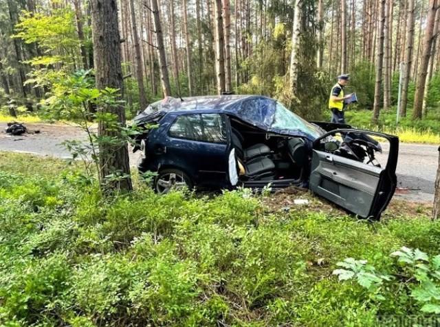 Wypadek na drodze pomiędzy Komprachcicami a Szydłowem.