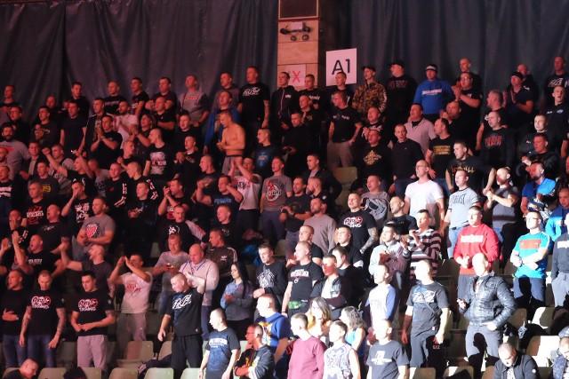 Już pierwsza gala drużynowego MMA zgromadziła tłumy na trybunach poznańskiej Areny