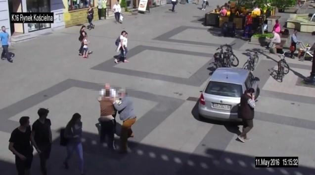 Mieszkańcy zatrzymali złodzieja, który kręcił się wokół rowerów na Rynku w Rybniku