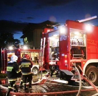 Pożar ugasili strażacy.