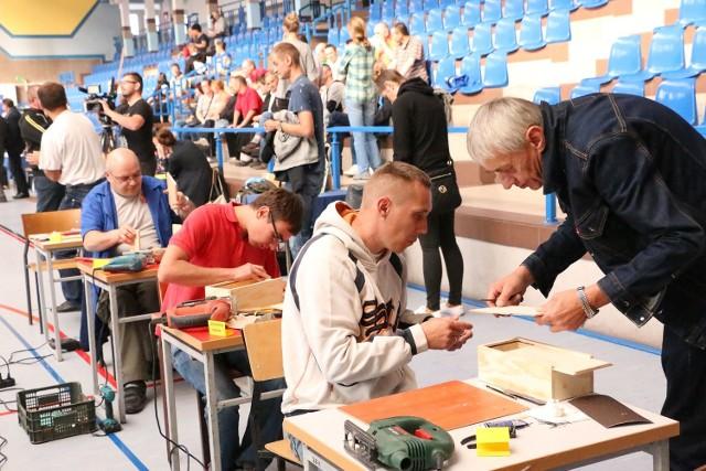 Uczestnicy olimpiady robili m.in. pudełka na chusteczki