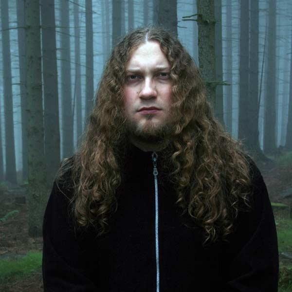 Jan Trębacz nie jest jedynym nauczycielem, który gra z zespole rockowym. Nasz współpracownik Michał Czajka jest klawiszowocem w grupie Sherion z Rzeszowa.