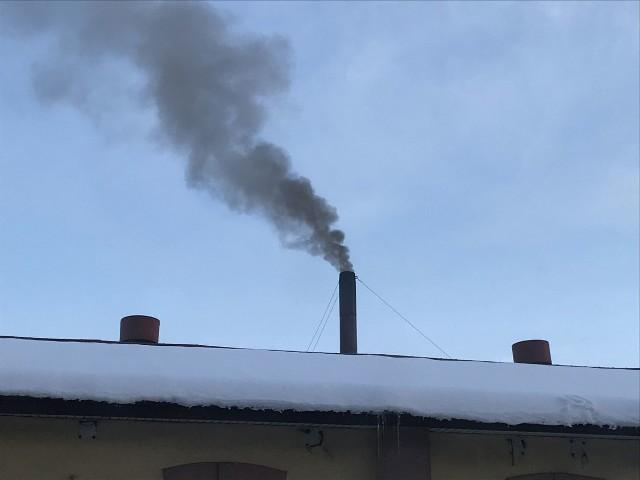 Wykonane przez działaczy Nowoczesnej zdjęcie smrodzącego komina w Przemyślu.