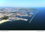 Stworzenie portu w Gdyni, a później stoczni stało się kluczem do szybkiego rozwoju zarówno miasta jak i całej Polski