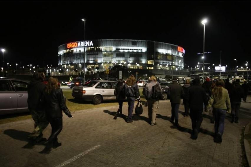 """Dłuższa """"zielona fala"""" przy Ergo Arenie i Stadionie Energa Gdańsk. Nie bedzie korków po koncertach"""