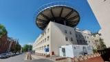 Zielona Góra. Wielki dźwig pod Szpitalem Uniwersyteckim. Co się w nim zmienia na zewnątrz i wewnątrz? Niektóre obiekty trudno poznać