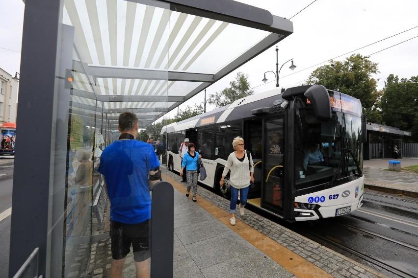 Nowe rozkłady jazdy toruńskich autobusów i tramwajów. Czy się sprawdziły?