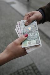 Kraków. Oszust wyłudził ponad 300 tysięcy złotych