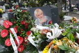 """Pogrzeb Józefa Makala, fotoreportera """"Dziennika Zachodniego"""". Spoczął na cmentarzu w Sosnowcu przy ulicy Smutnej"""