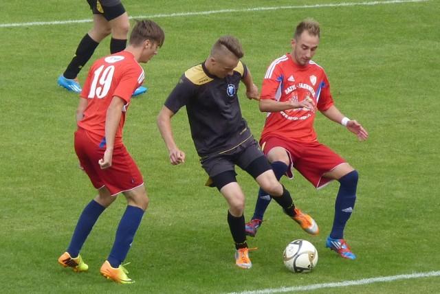 Trzecioligowe derby Koszalina pomiędzy Gwardią a Bałtykiem zostaną rozegrane 28 marca.