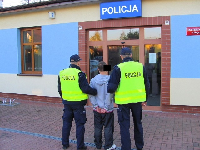 Policja już zajęła się włamywaczem i jego kolegą, paserem.