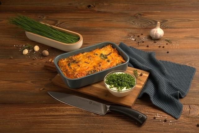 Doskonałym pomysłem na wykorzystanie resztek w kuchni są miedzy innymi zapiekanki.