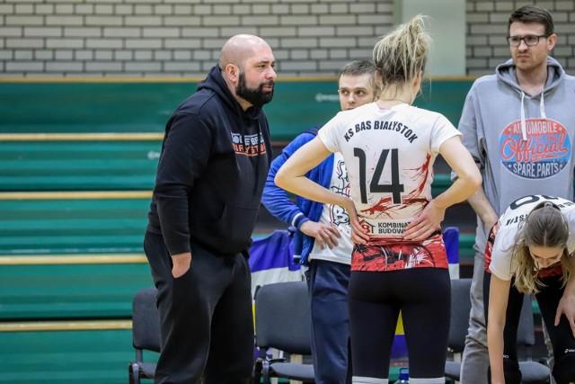 Trener Sebastian Grzegorek nie musi się wstydzić postawy swego zespołu, chociaż nie udało się odnieść zwycięstwa