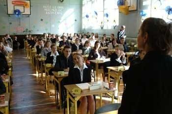 Dzisiaj maturzyści zmierzyli się z językiem polskim