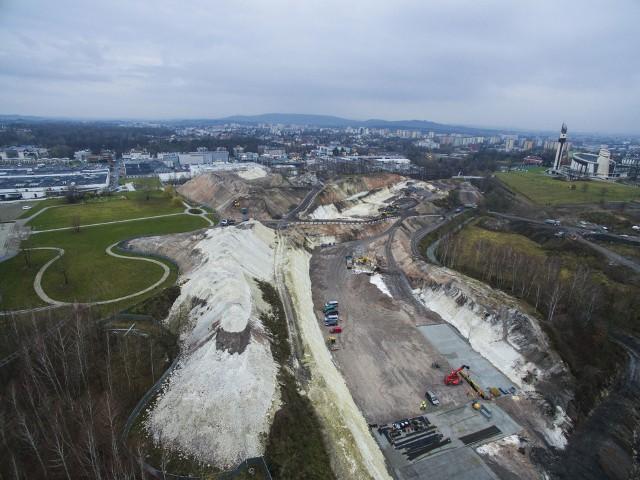 Budowa Trasy Łagiewnickiej w Krakowie robi ogromne wrażenie